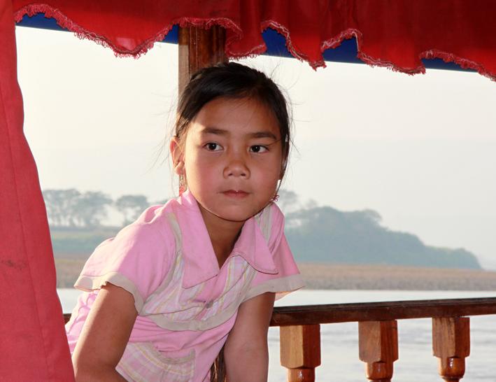 Mekong Mädchen auf Boot