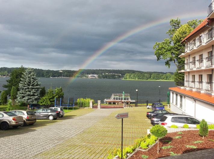 """Blick vom Hotel """"Huszcza"""" über den Czos-See."""