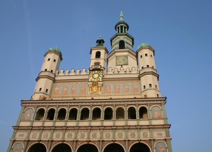 Das Rathaus in Posen aus dem Jahre 1310   gehört zu den wertvollsten Baudenkmälern der Renaissance in Mitteleuropa. Seit 1954 ist es Museum für die Geschichte der Stadt.