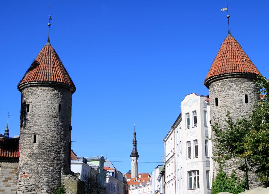 """Die estnische Hauptstadt wird auch als """"Stadt der Türme"""" bezeichnet."""