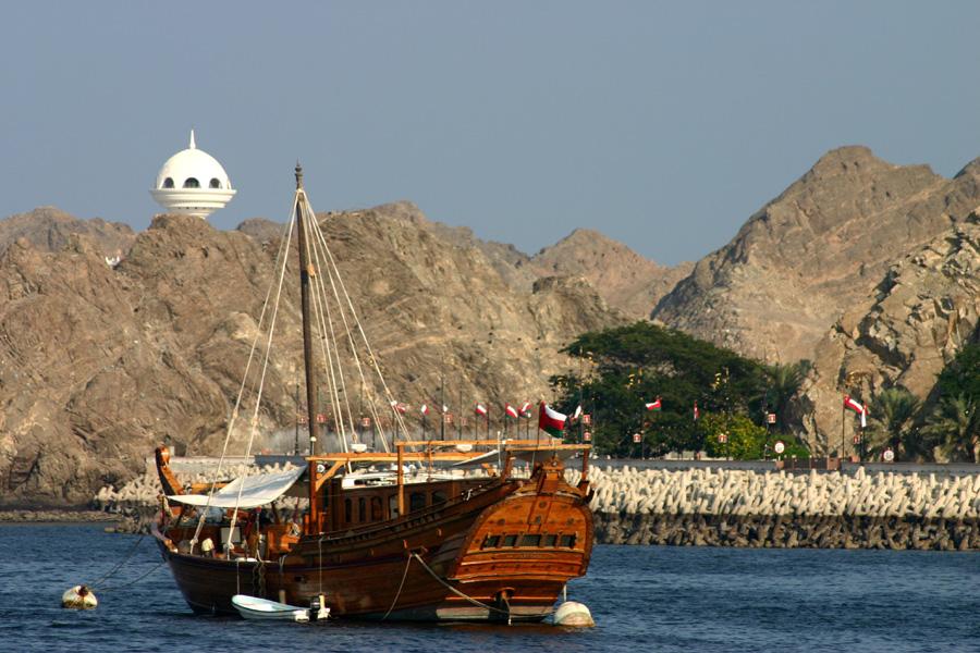 Oman_Hafeneinfahrt2