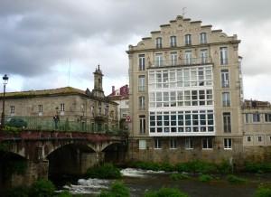 Angesichts klatschnasser Kleidung haben wir nach einem langen Regentag dann doch ein Hotel der Pilgerherberge in Casal de Reis vorgezogen. 50 allerbestens investierte Euro!