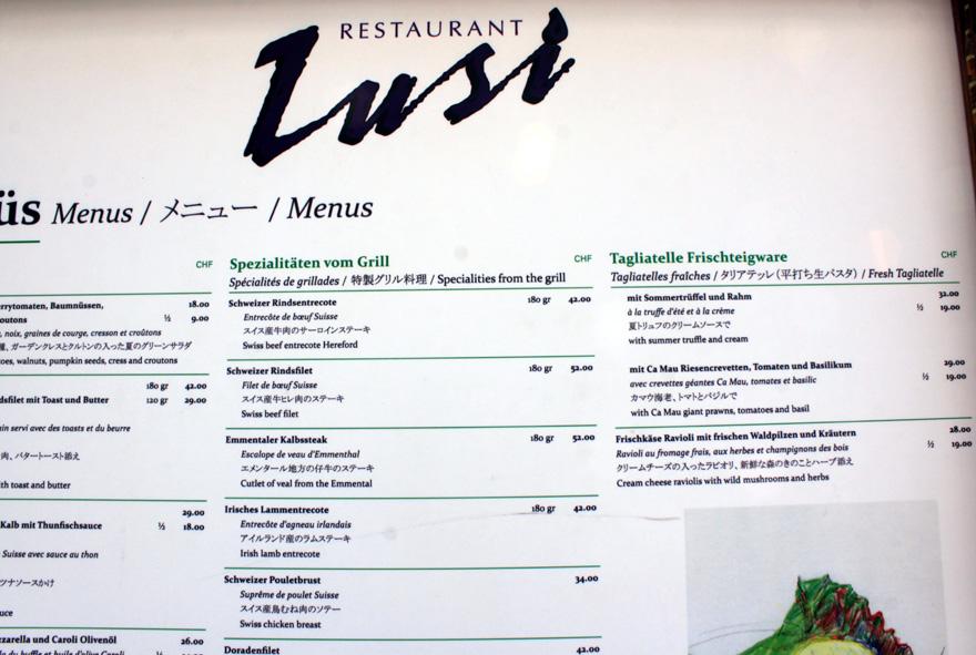 Auch in Zermatt werden billig & gut keine Geschwister! Der gute Hunger kann richtig ins Geld gehen. Da tut selbst Gutbetuchten nach einem Drei-Gang-Menü nebst Wein der Griff zur Börse mitunter weh.