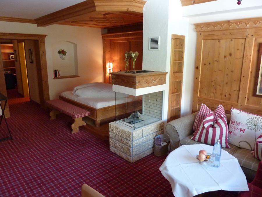 Aber auch in den Wintermonaten lässt sich in den preisgekrönten Hotels sparen: Zum einen im Tiroler Hotel Alpin Spa Tuxerhof, wo laut TripAdvisor der November im Durchschnitt der preiswerteste Monat (288 Euro pro Nacht) ist.