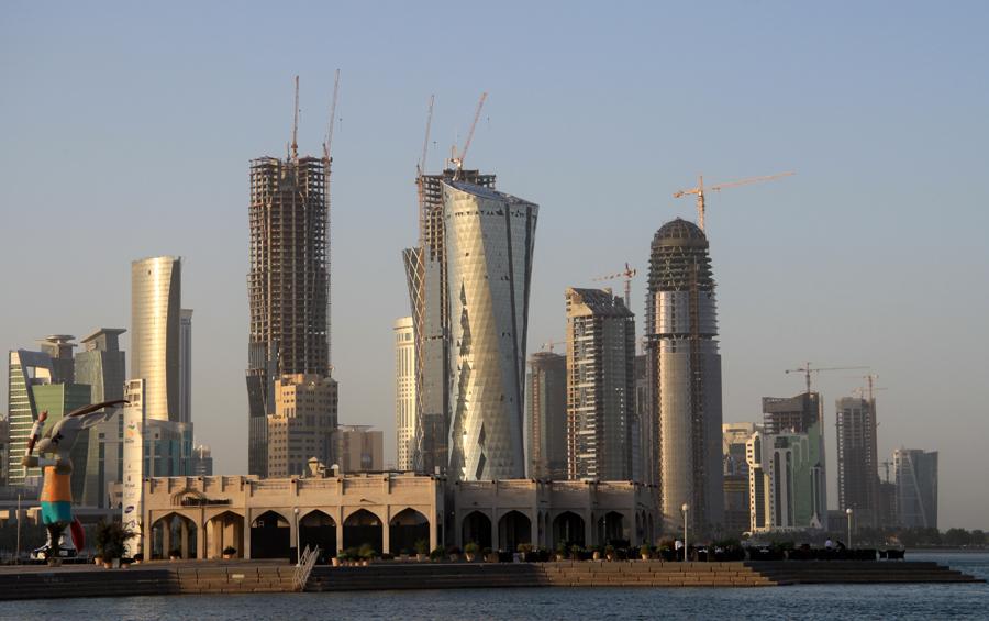 """Die Visionen des Emirs von Katar: """"Die Welt"""" Geht es nach dem Wunsch des regierenden Scheichs von Katar, soll der Wüstenstaat am Persischen Golf in Bereichen wie Sport, Kultur und Tourismus zum weltweit anerkannten Player werden."""