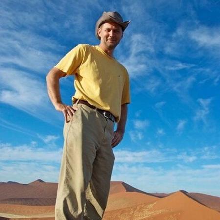 Michael Hodson: Einmal um die Welt - ohne ein Flugzeug zu besteigen.