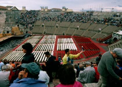 Oper in der Arena di Verona