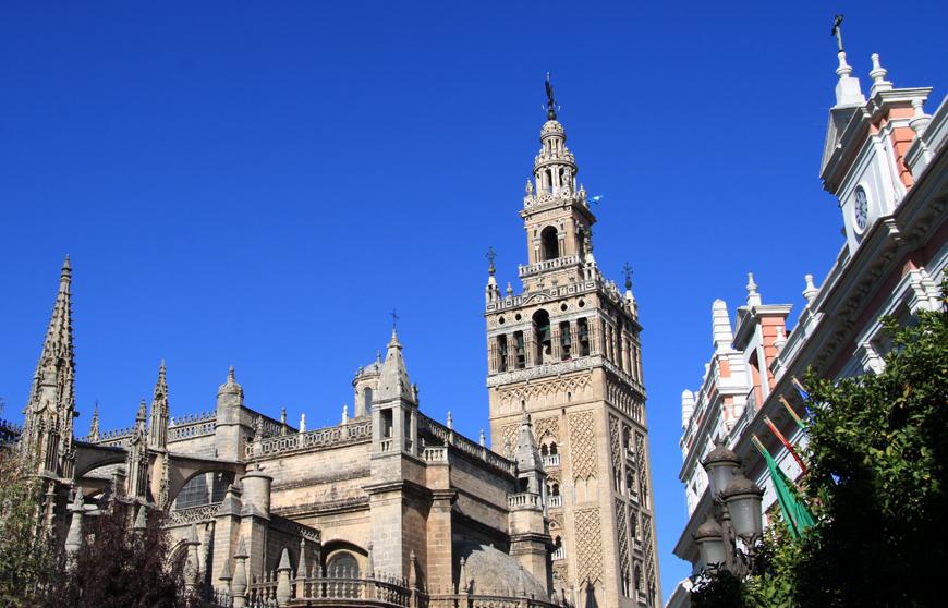 Die Zeit reicht leider nur für einen Tag in der andalusischen Hauptstadt - aber wir waren bereits mehrfach in Sevilla.