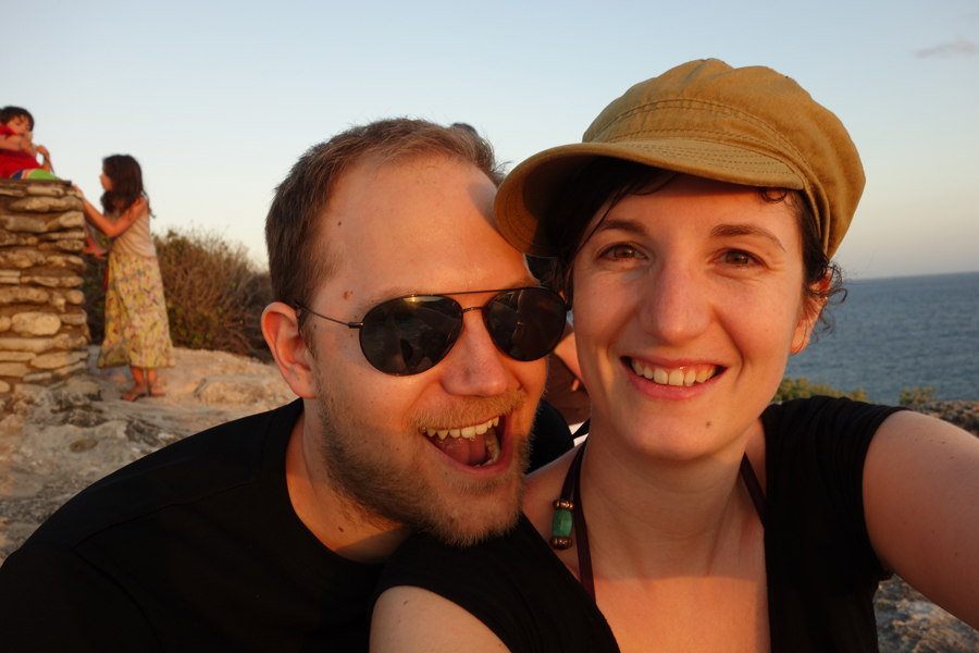 Die Botschaft von Karin und Lukas: Visit the world