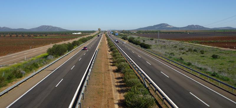 Autobahn überqueren auf Via de la Plata