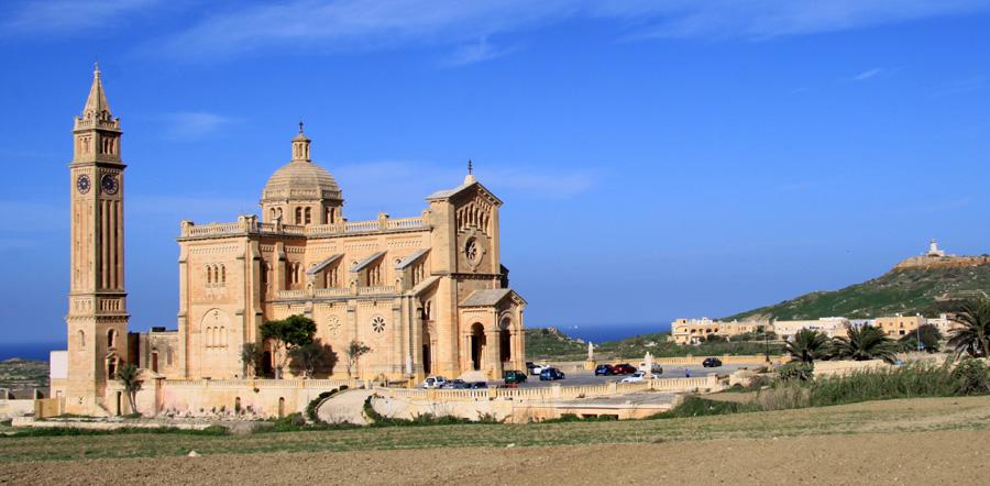 Das Heiligtum Madonna ta' Pinu nahe dem Ort Għarb hat uns besiodners gefallen.