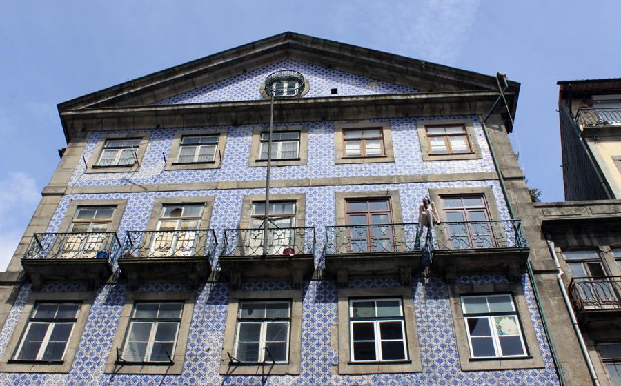 Zahlreiche Häuser in der Altstadt lassen den Glanz vergangener Tage erahnen.
