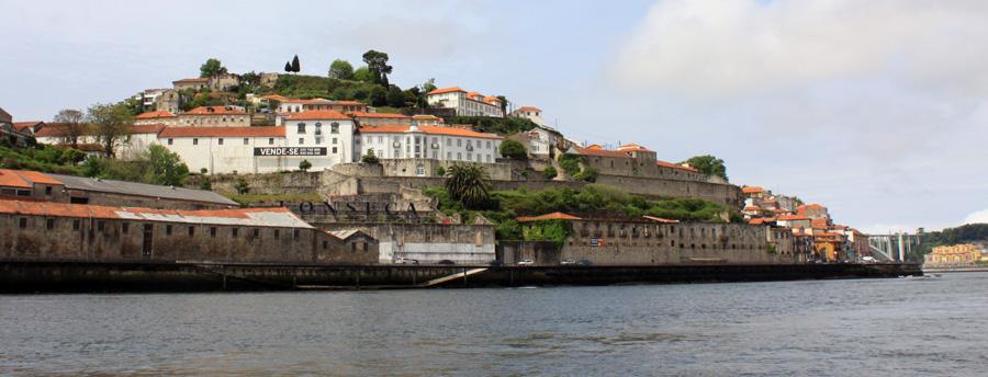 Porto vom Douro gesehen