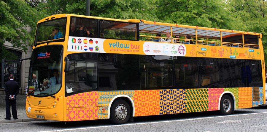 Yellow Bus in Porto