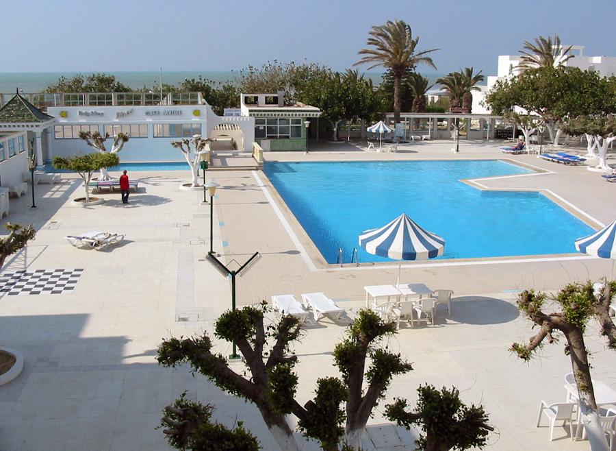 Auch Tiefstpreise können derzeit keine Urlaubermassen an die Küste Tunesiens locken.  So manches All inklusive-Hotel wirkt wie verwaist.
